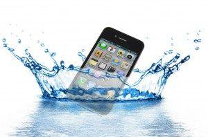 アイフォン 水